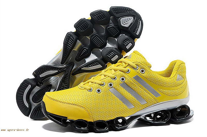 half off 8a598 5ee84 Adidas Chaussure Homme Jaune Noir Bounce Titan TH IV WO-S 6AD