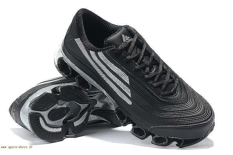 best service 2620a 67dfe Adidas Homme Noir Chaussures Blanche Bounce Titan Cuir IO- 3qr