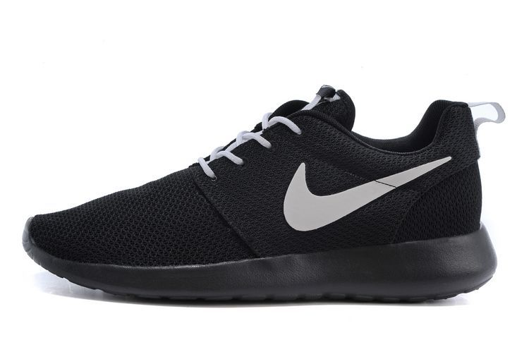 Cher Homme vendre Noir Pas Chaussures Nike Roshe Run One w66qPagZ