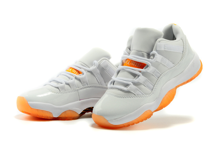 separation shoes 0e127 5b9fc ... shopping air jordan 11 high femmeair jordan 11 blanche et orange femme  classic gyc qhb bc6ff