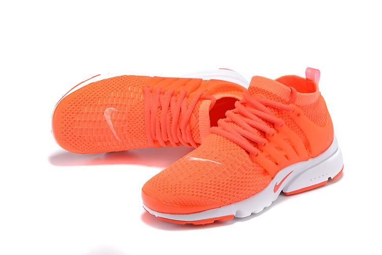 49541fdce4516 chaussures running femme nike pas cher,air presto flyknit orange et blanche  femme !um0b