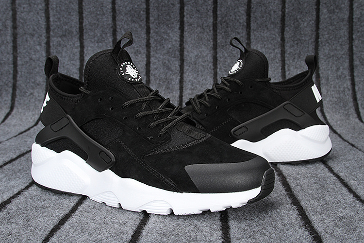 7fcce5f30d8b1 Chaussures Nike Femme Huarache