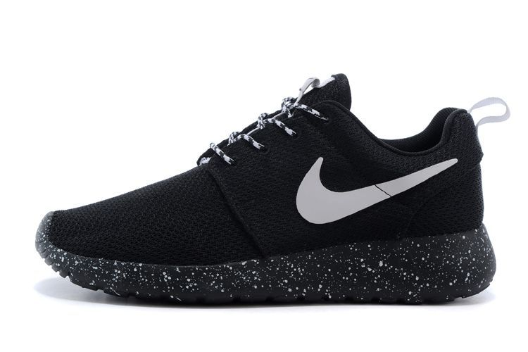 the latest bac1e 06910 roshe run promo,vendre roshe run one homme noir et blanc P3 w