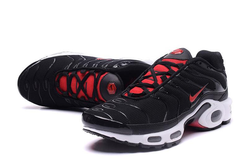 size 40 d6492 f1552 tn foot locker,air max tn homme noir et rouge q 6BUjBCE7