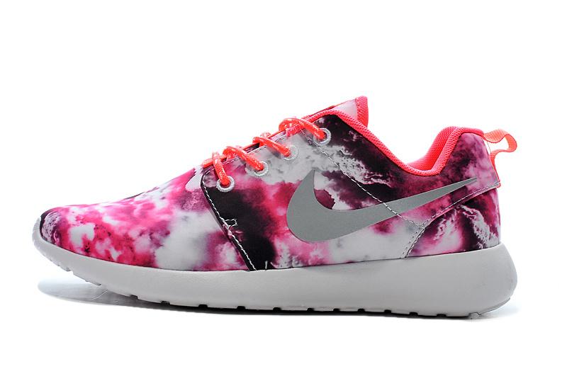 premium selection 49dc3 9333b nike running pas cher,vendre roshe run print femme rose et blanc H1-  GN8rKkKz
